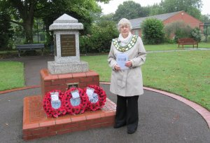 DIDCOT'S WREATH LAYING SERVICE TO COMMEMORATE THE 75TH ANNIVERSARY OF VJ DAY